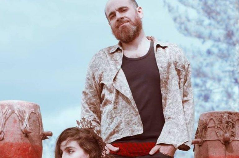 Francuski folk duo An Eagle in your Mind na terasi Močvare