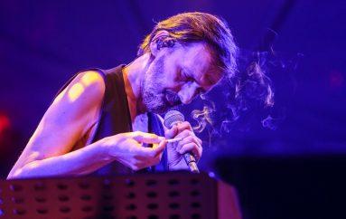 Goran Bare & Majke najavili koncert u garaži MSU-a