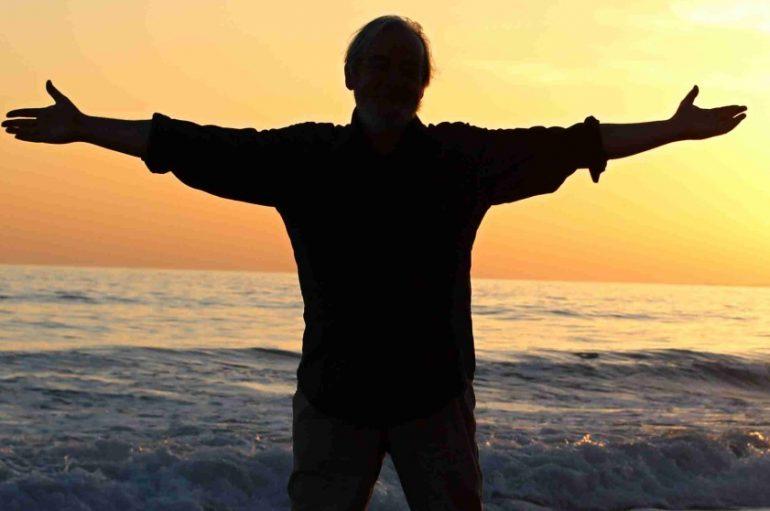 Sacher nas vodi na novo glazbeno putovanje