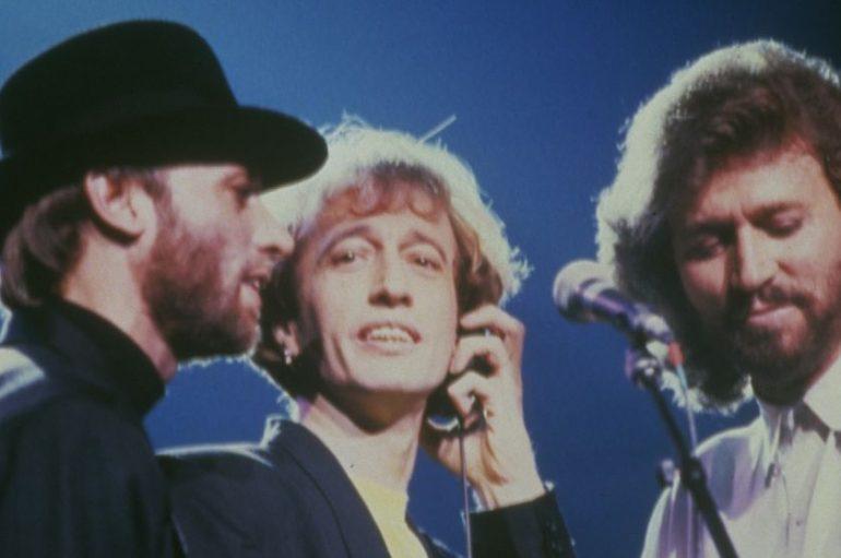 "Barry Gibb i Dolly Parton snimili novu verziju pjesme Bee Geesa ""Words"""