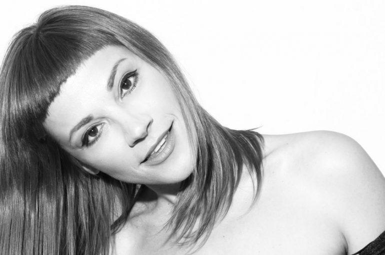 Ivana Starčević s projektom Rakete objavljuje novu pjesmu kao dio projekta Femme Nouvelle