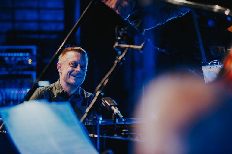 FOTOGALERIJA: Matija Dedić Jazz.hr Quintet u ZKM-u – večer puna emocija uz sjajnu glazbu i legende domaće jazz scene
