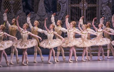 "RECENZIJA: Balet ""Orašar"" u Royal Opera House u Londonu – lutak s naslovne strane (Love Is All You Need)"