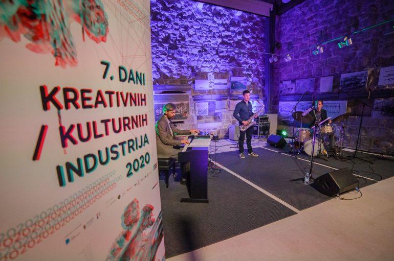IZVJEŠĆE/FOTO: S Alan Polzer Polymodal triom u Dubrovniku zaključeno druženje s jazz glazbom u 2020.