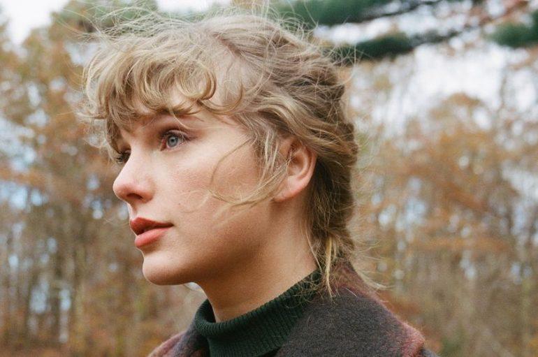 Taylor Swift iznenadila obožavatelje i objavila još jedan album!