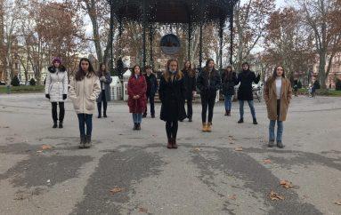 Božićni El bend & Prijatelji snimili pjesmu posvećenu žrtvama potresa u Petrinji i Banovini