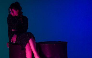 "Nela u modernom ruhu obradila hit Nine Badrić ""Nek ti bude kao meni"""