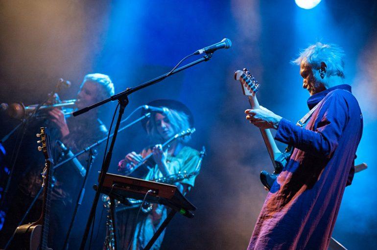 FOTOGALERIJA: Pogledajte kako je bilo na drugom koncertu Rundeka & Ekipe u dvorištu ALU-a