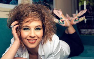 Alt pop glazbenica Kristina Kika Jovanović hollywoodskim spotom najavljuje album