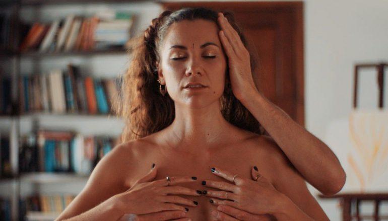 Aklea Neon glazbeno sazrela otkrivši svoju najbolju pjesmu i spot do sada