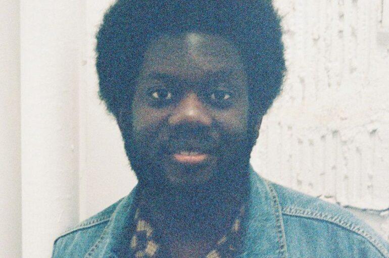 Michael Kiwanuka u novoj pjesmi spojio čarobne zvukove, psihodelične nijanse i bogate vokale